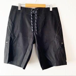 LULULEMON ATHLETICA | Wave Board Shorts